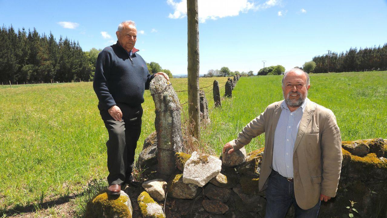 Los dueños del centro geográfico de Galicia.Daños producidos en Becerreá (Lugo) por un terremoto de magnitud 4,6 el 24 de diciembre de 1995