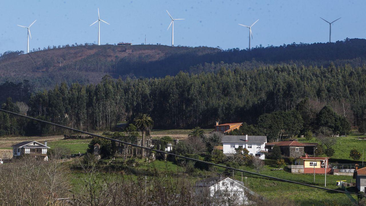 Parque eólico en Valdoviño, A Coruña