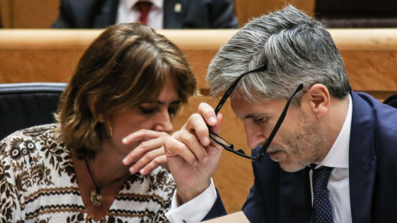 El ministro del Interior, Fernando Grande Marlaska junto a la ministra de Justicia, Dolores Delgado