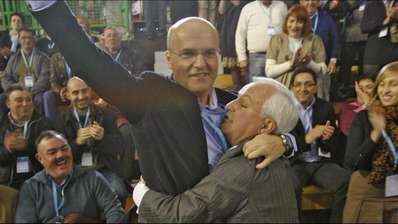 El caso paradigmático. En ninguna otra diputación ocurrió en democracia lo mismo, el relevo en la presidencia de padre, José Luis Baltar, a hijo, José Manuel Baltar.