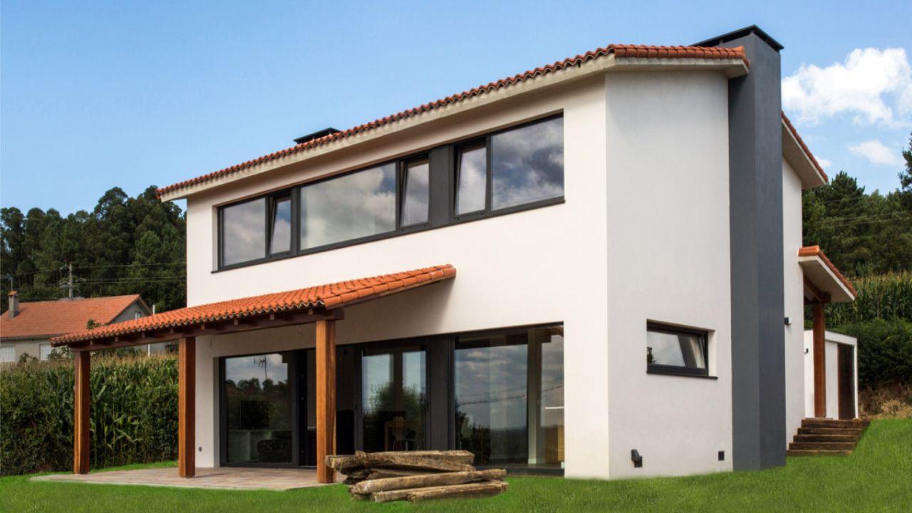 Vivienda unifamiliar en Callobre (A Coruña) con teja cerámica curva roja Verea. AD+ arquitectura