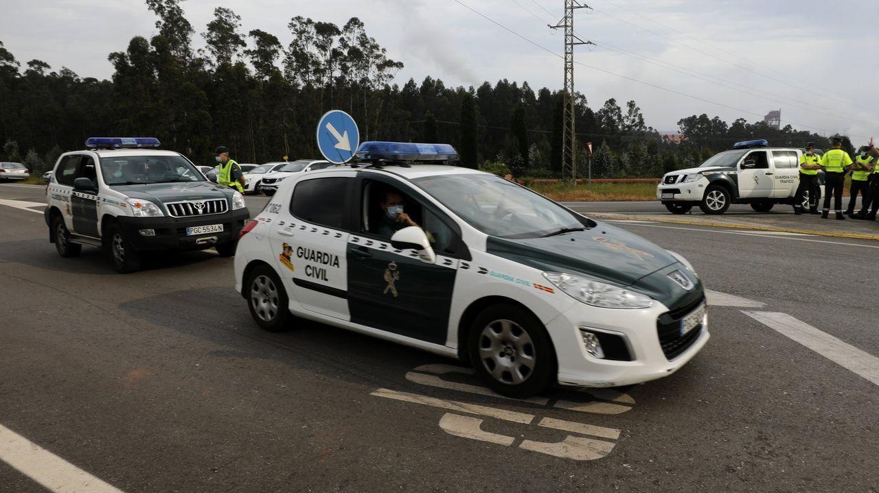Julián Eduardo V. T., condenado por el asesinato del joven Álvaro Paredes en Ordes, a su llegada a los juzgados tras su detención en Colombia