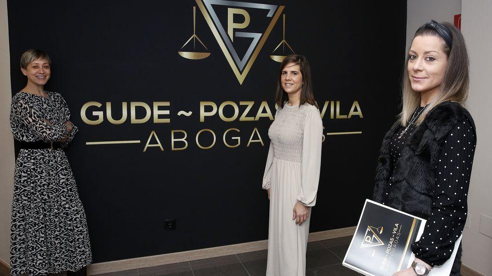 Odile Rodríguez de la Fuente visitó Ribeira con motivo del Día Internacional de la Tierra.En el instituto Número Un de Ribeira hay un contagio confirmado
