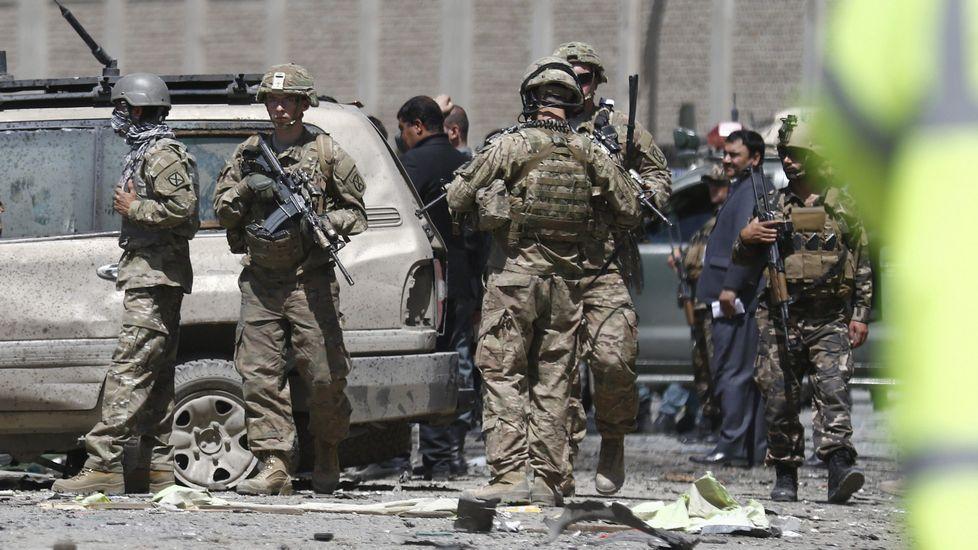 La policía afgana vigila las inmediaciones del aeropuerto de Kabul