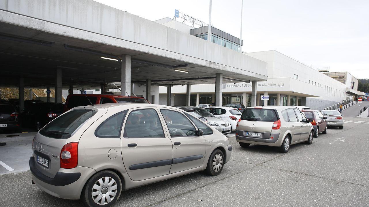 Este martes volvieron a registrarse colas en el auto-covid del hospital mariñano