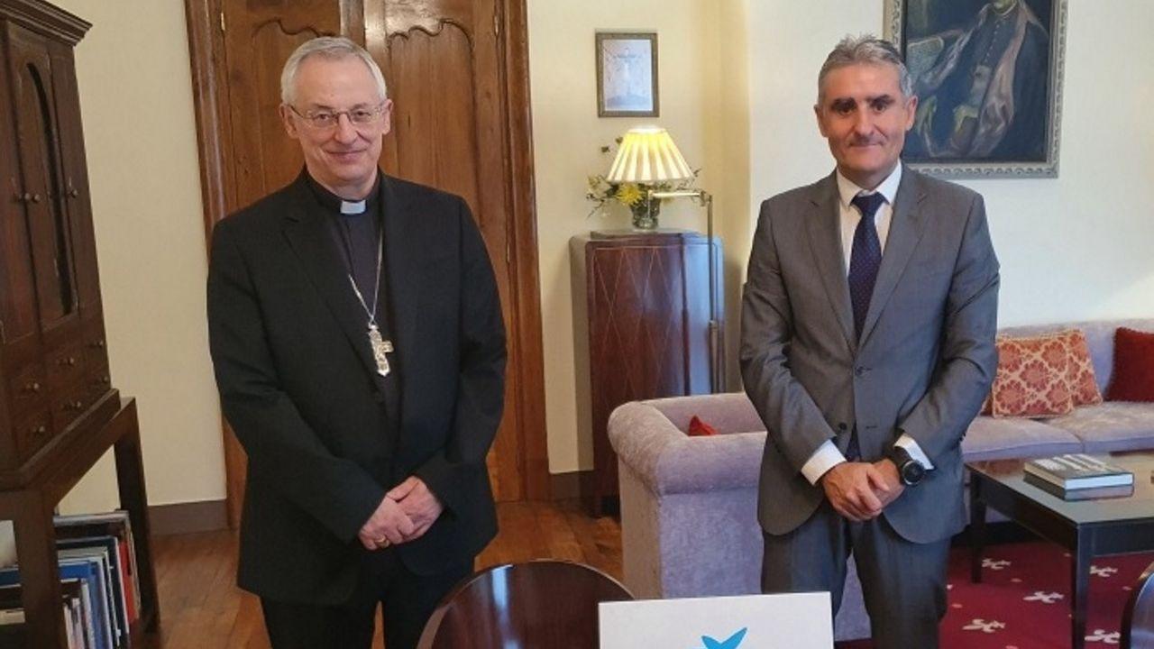 Vicente Centelles y el Obispo de Lugo confirmaron su colaboración en un encuentro