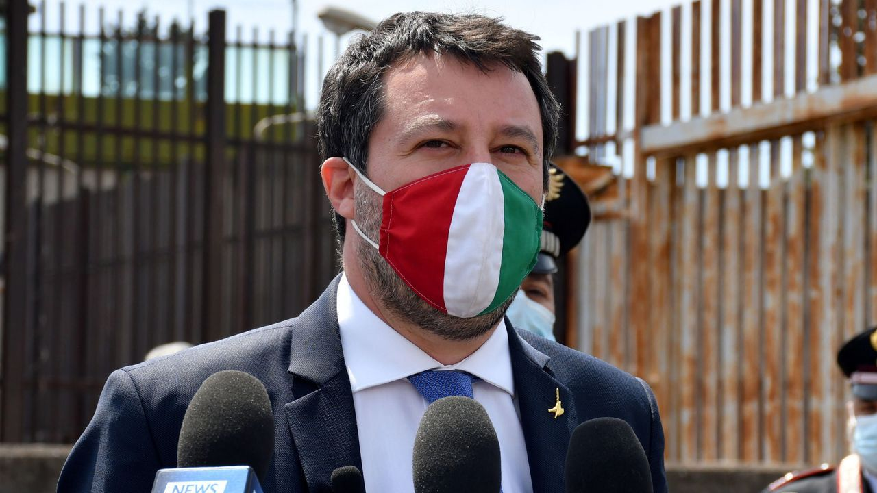 El líder de la ultraderechista Liga, Matteo Salvini, este viernes, tras la vista judicial celebrada en Catania
