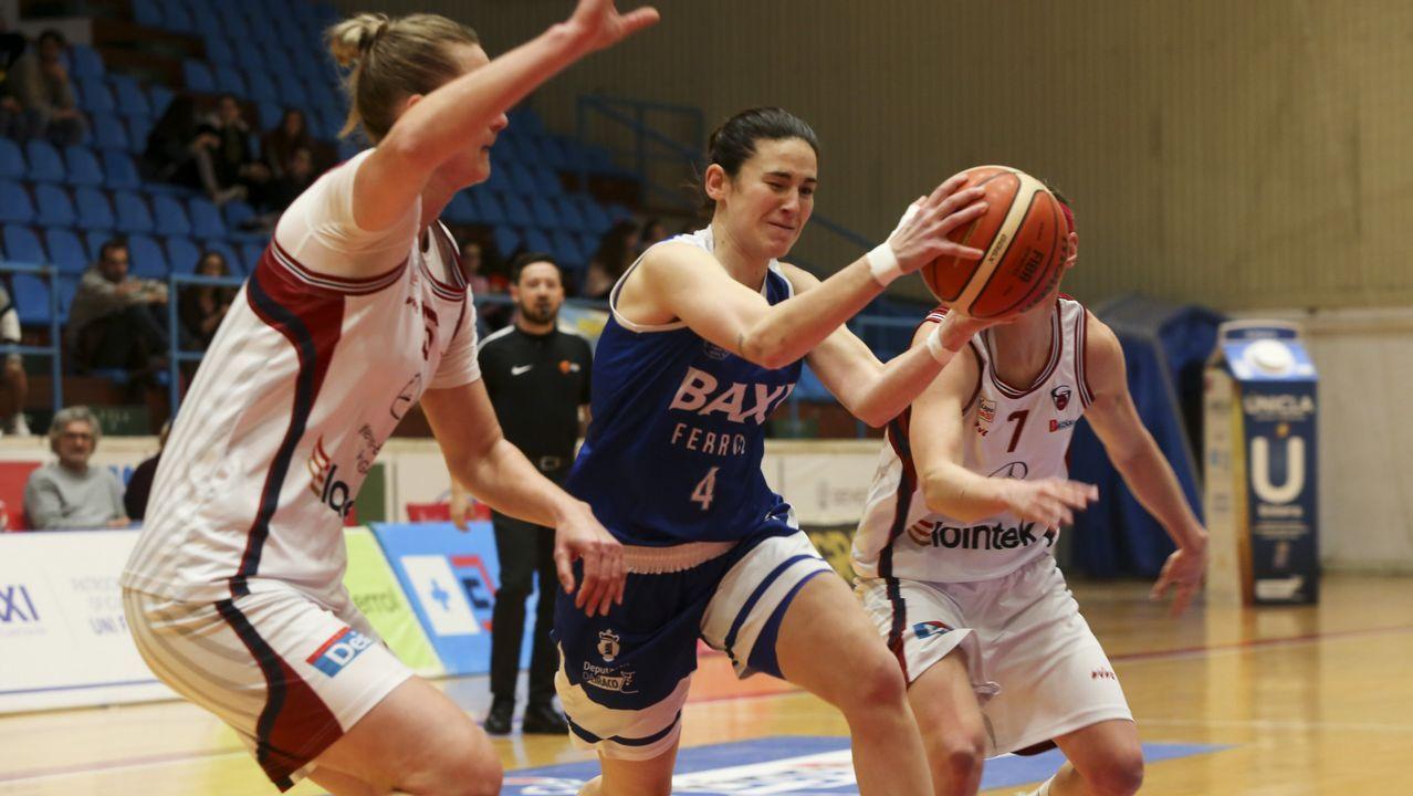 La jugadora de balonmano Alicia Fernández, mejor deportista de Valdoviño del 2018