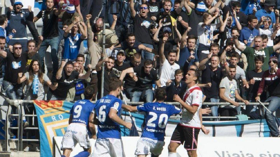 Toché celebra el segundo gol ante el Rayo Vallecano