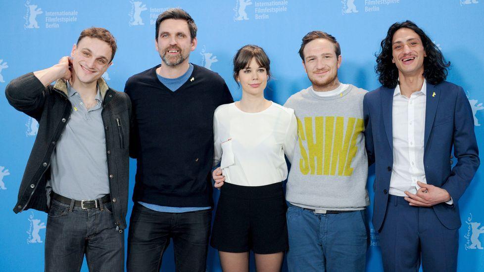 Así fue el estreno de «50 sombras de Grey» en Berlín.Laia Costa, en la Berlinale, con el reparto de «Victoria»
