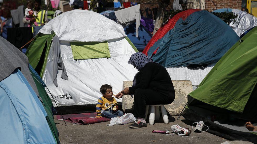 La tensión en Idomeni, en imágenes.Mariñas estrena su obra este viernes en el Centro Cívico de los Mallos