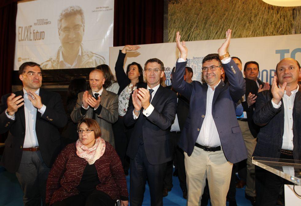 Neira Vilas estuvo arropado por representanntes políticos y de la cultura gallega en la presentación.