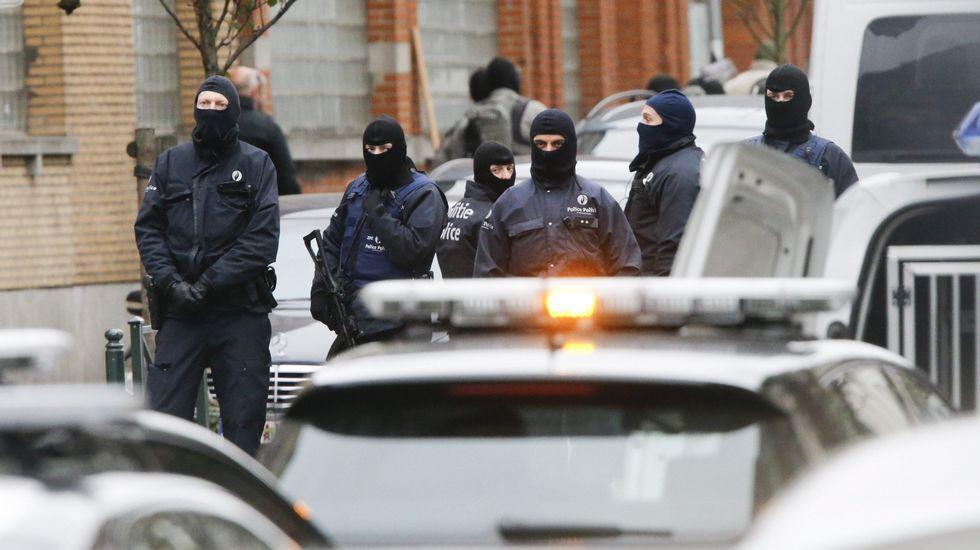 Detenido en Málaga un hombre que vendió armas para atentar en París.Indignados de París