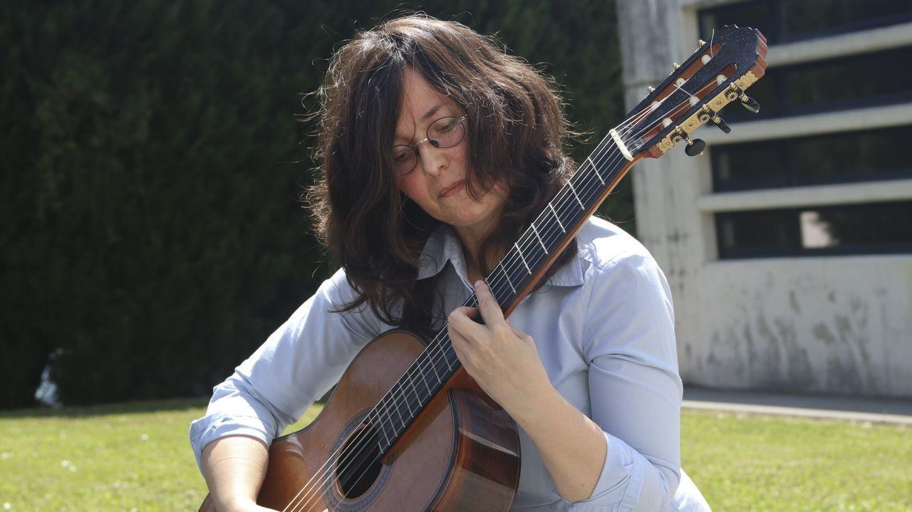 Cecilia Vázquez, portavoz del PP en Betanzos, preguntará por el caso de la zodiac en el pleno del día 27 de julio.El grupo Taburete durante un concierto en Vigo.