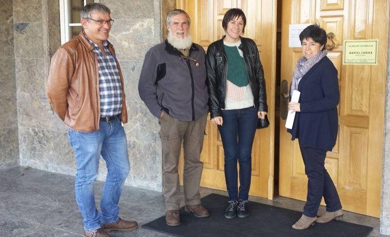 Vías del centro de Avilés que se soterrarían con la propuesta del PSOE.Vías del centro de Avilés