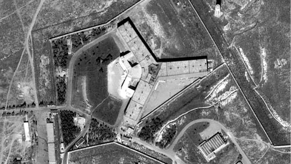 Amnistía Internacional denuncia el exterminio en una cárcel siria del régimen de Al Assad.Le Pen rechaza el velo
