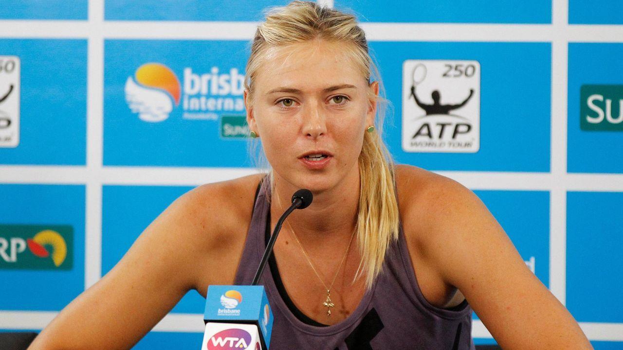 Sharapova atiende a la prensa durante el torneo de Brisbane (Australia)