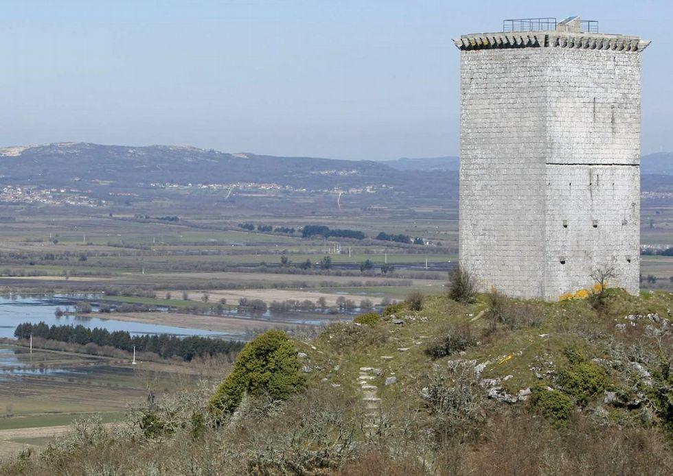 La torre de A Pena de Xinzo data del siglo XII.