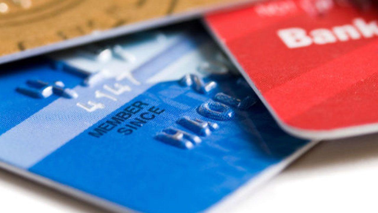 Las tarjetas de crédito de entidades no bancarias son cada vez más controvertidas