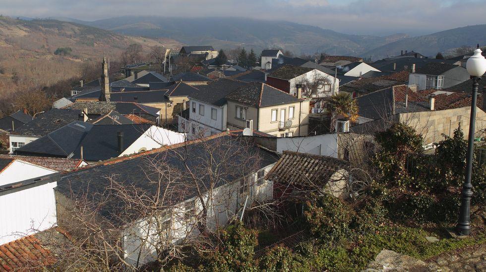 Ourense celebra las 300.000 vacunas.Vistas de Manzaneda