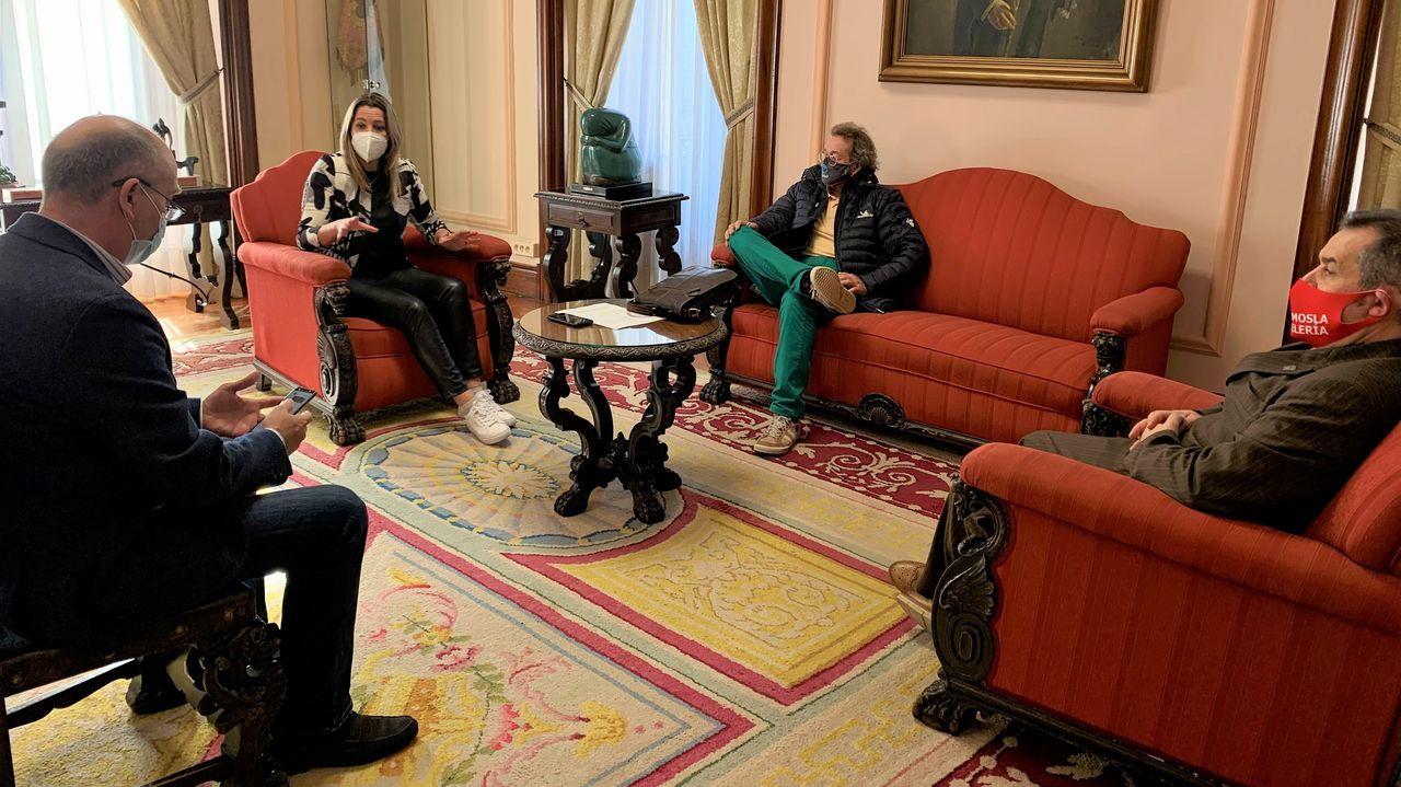 Reunión de la alcaldesa de Lugo con los hosteleros de la ciudad
