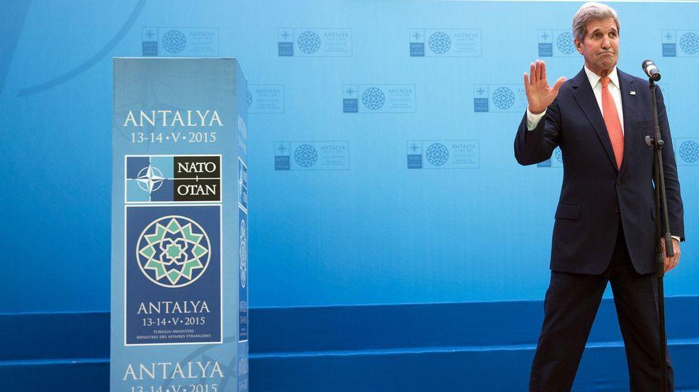 John Kerry y el ministro de Exteriores surcoreano Yun Byung-Se escenifican las buenas relaciones entre ambos países