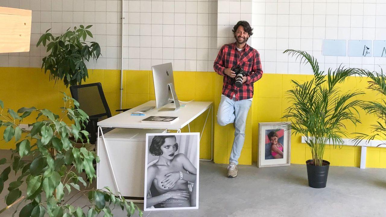 Móvete con Araceli.Eloy Taboada es el encargado de impartir las clases de fotografía en el centro cívico de Canido