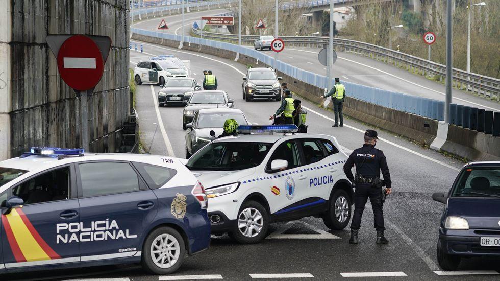 Desde hoy se intensificarán los controles debido al cierre perimetral de todos los concellos