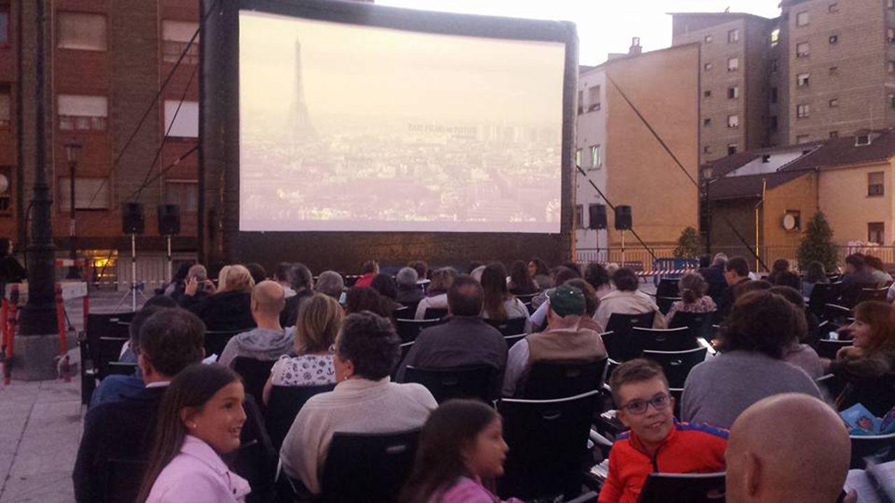 Ciclo de cine a la luz de la luna en Oviedo
