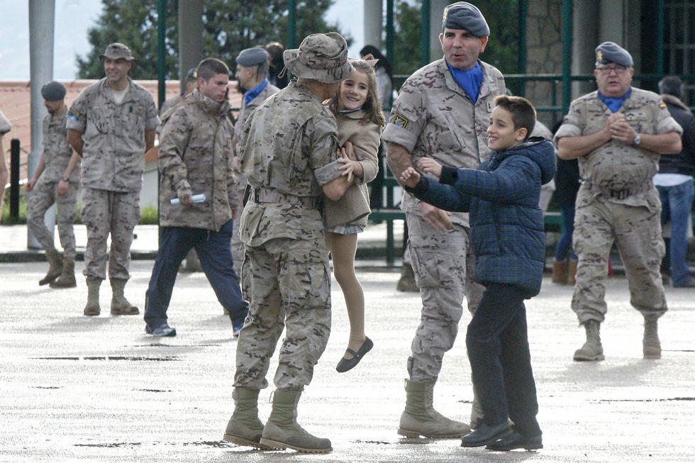Visita sorpresa a la base española del Ejército en Herat.Despedida de un contingente de la Brilat en Figueirido el pasado 20 de noviembre que fue desplegado en Afganistán.