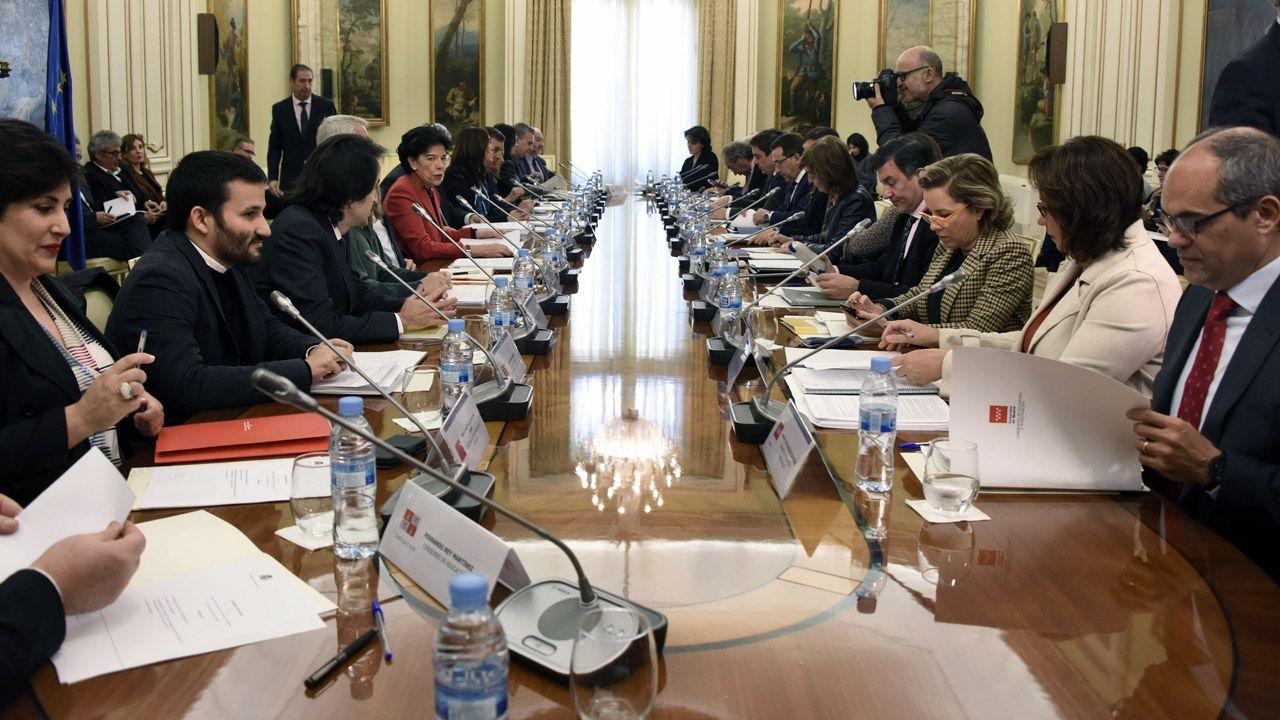 Los consejeros de Educación, en la Conferencia Sectorial, con la ministra Isabel Celáa