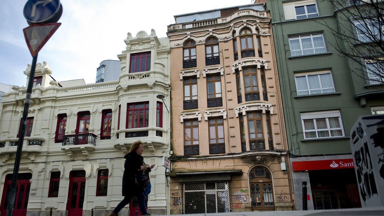 Así es por dentrouno de los edificios icónicos, y protegidos, en venta en la avenida de Oza.Llegan a los juzgados los detenidos por el crimen de Oleiros en Nochevieja