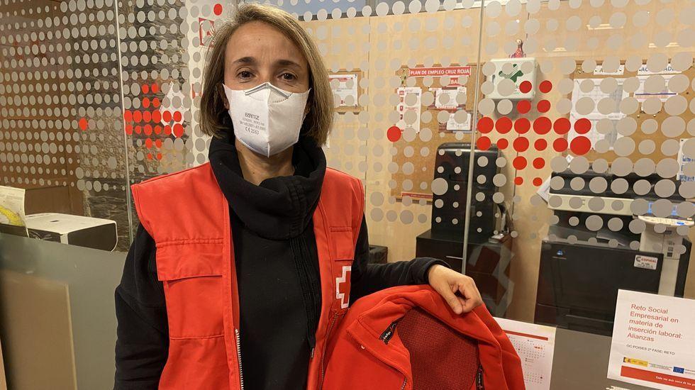 Mariví Núñez é voluntaria de Cruz Vermella desde 1993