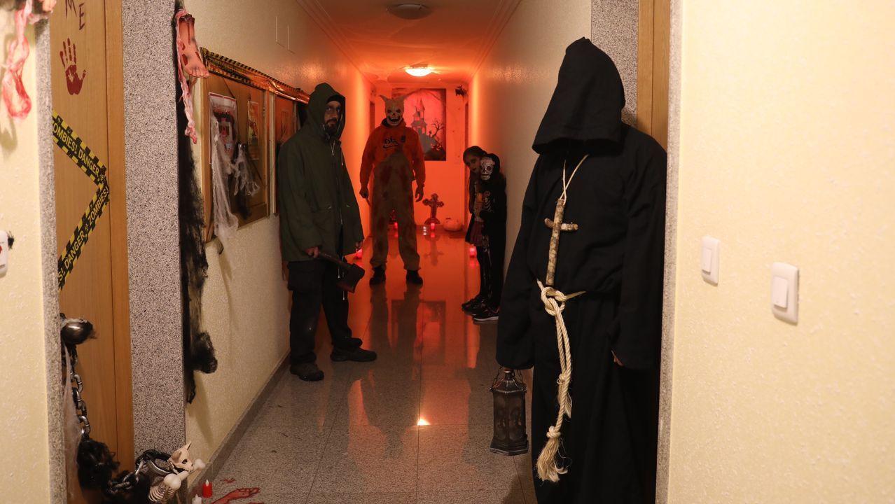 Vecinos deCampos de Mirabelreparten sustos y diversión en Halloween.Alba Cid Prol y Raúl García en el parque nacional de Yosemite, Estados Unidos