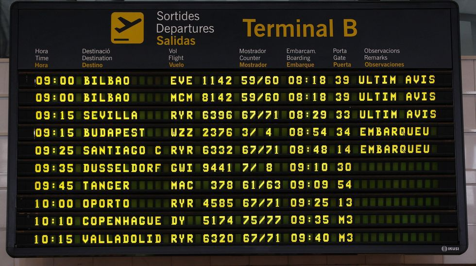Restos del Airbus A320 de Germanwings siniestrado en los Alpes