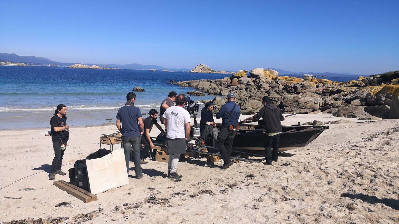 DESTROZOS Y ABANDONO EN EL PARQUE PERIURBANO DE SAN ROQUE.Maite y Nicolás, en su añorado mar de Cortés, donde recibieron la visita de su hijo