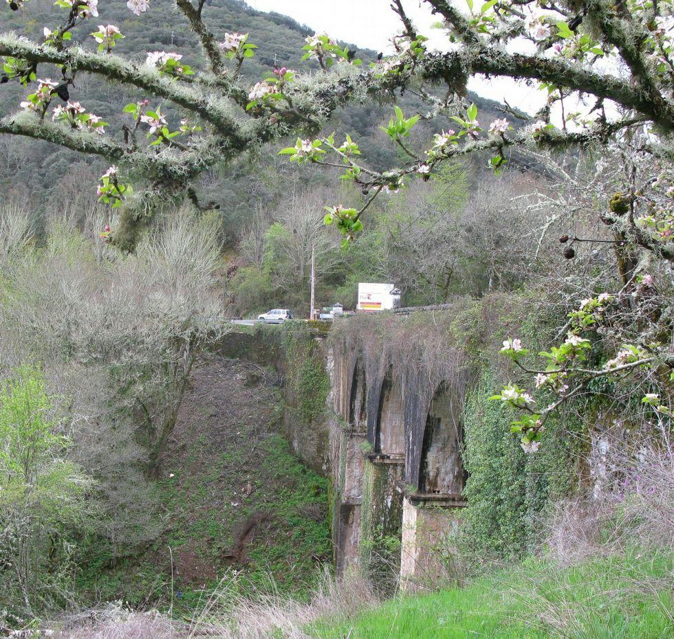 El viejo puente de Cruzul, un atractivo.