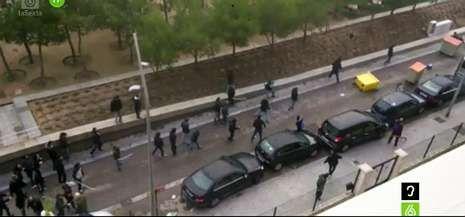 Captura de televisión de los incidentes producidos en la mañana del domingo en los alrededores de Madrid Río.