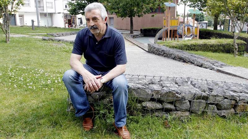 O ourensán Juan Tallón considérase un «xornalista á fuga» que segue o seu propio camiño.