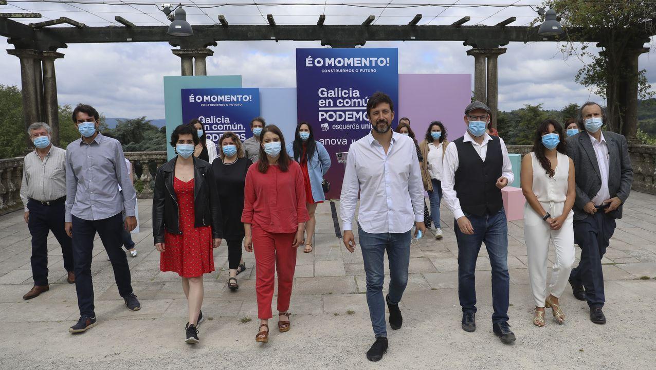 Caminatas por Compostela.El diputado de Grupo Común da Esquerda, Antón Sánchez