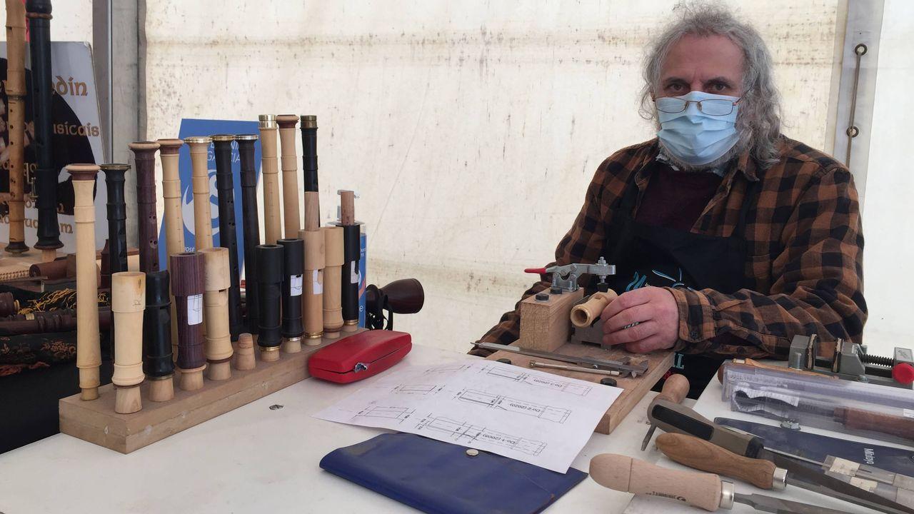Miguel Mosquera, artesán