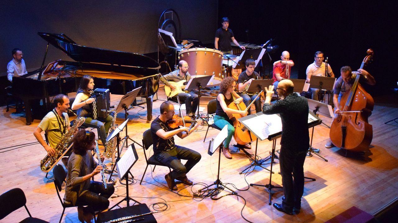 Voz Natura en el colegio Torre-Cela de Bueu.Vertixe Sonora é unha das formacións que concita a cuarta edición do festival Resis