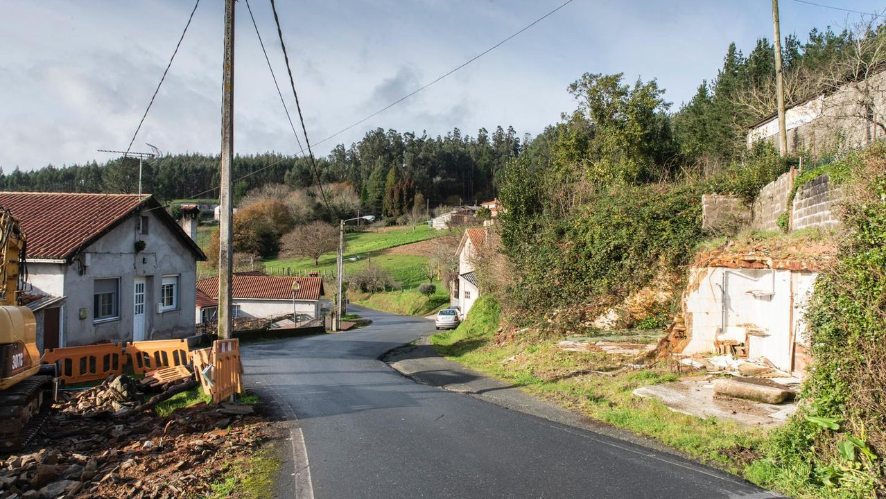 Día de frío en las calles de A Coruña.Nudo de carreteras en el límite entre Oleiros, Cambre y Sada