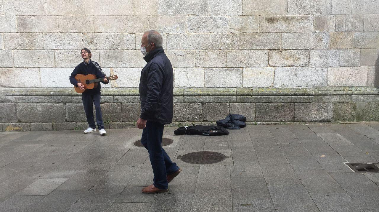 Música en la calle en Lugo.O grupo Tanxugueiras o pasado mes de xaneiro