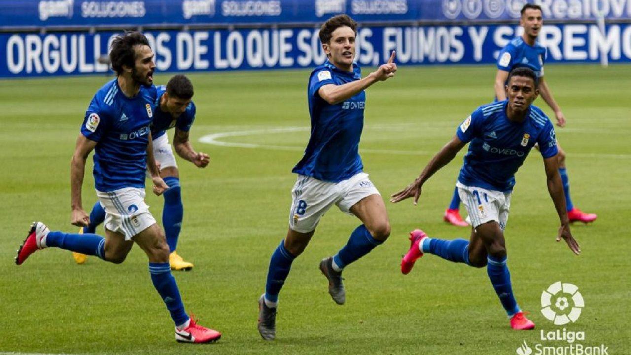 gol Ortuño Arribas Tejera Borja Sanchez Luismi Nieto Real Oviedo Las Palmas Carlos Tartiere.Sangalli celebra el 2-1 ante Las Palmas