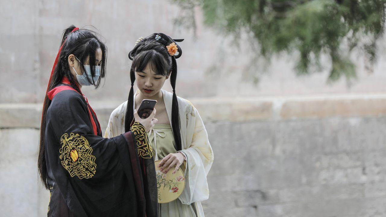 Las mascarillas se han convertido en un complemento habitual en China