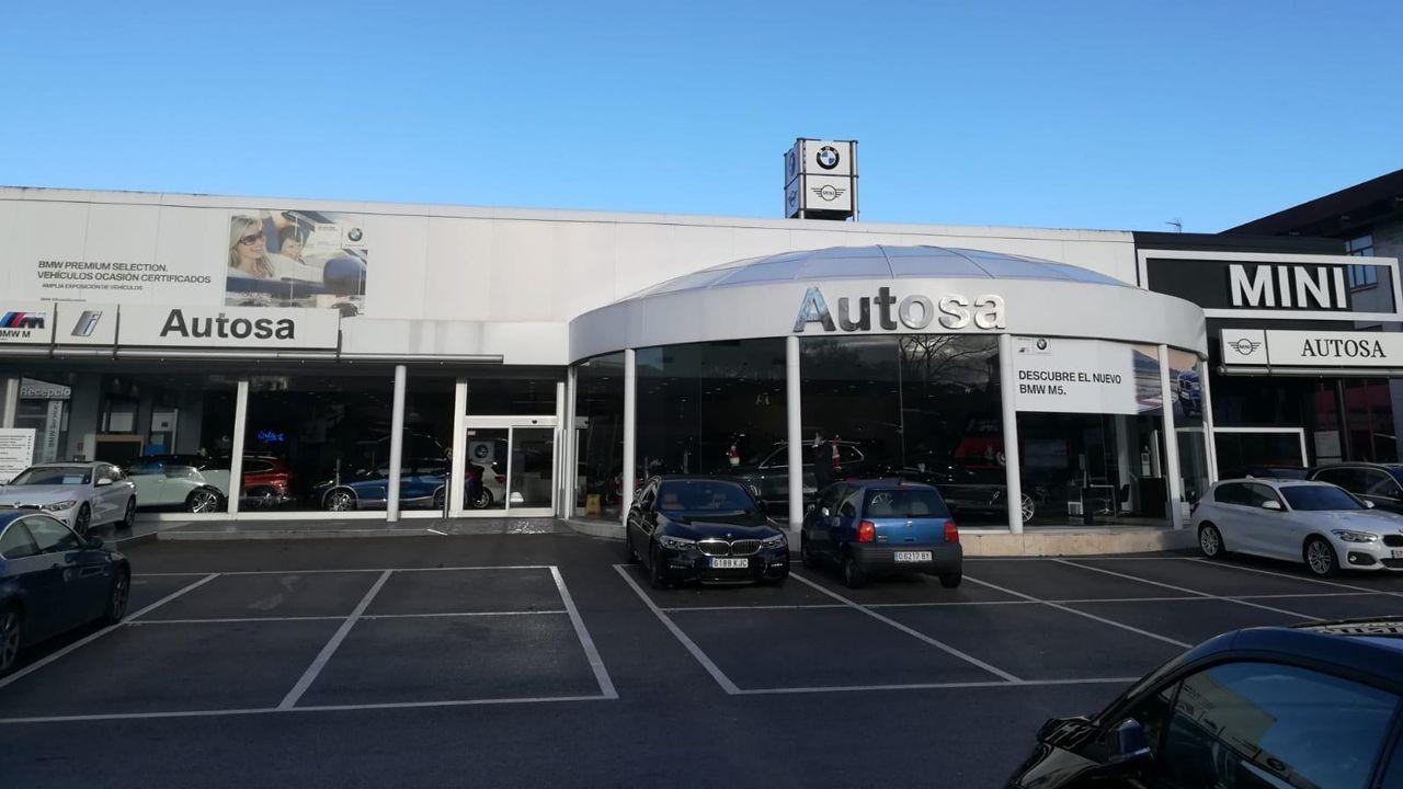 Instalaciones exteriores del concesionario Autosa en Cerdeño