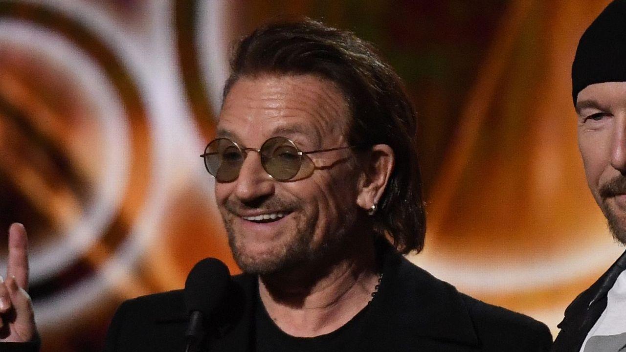 Méndez de Vigo pide a Interior que investigue la reventa de entradas del concierto de U2 en Madrid.MELENDI, EN CONCIERTO