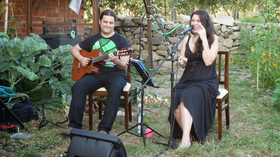 Gonzo Piña e Iria Estévez son Conticánticos y presentan las «Trotasongs»