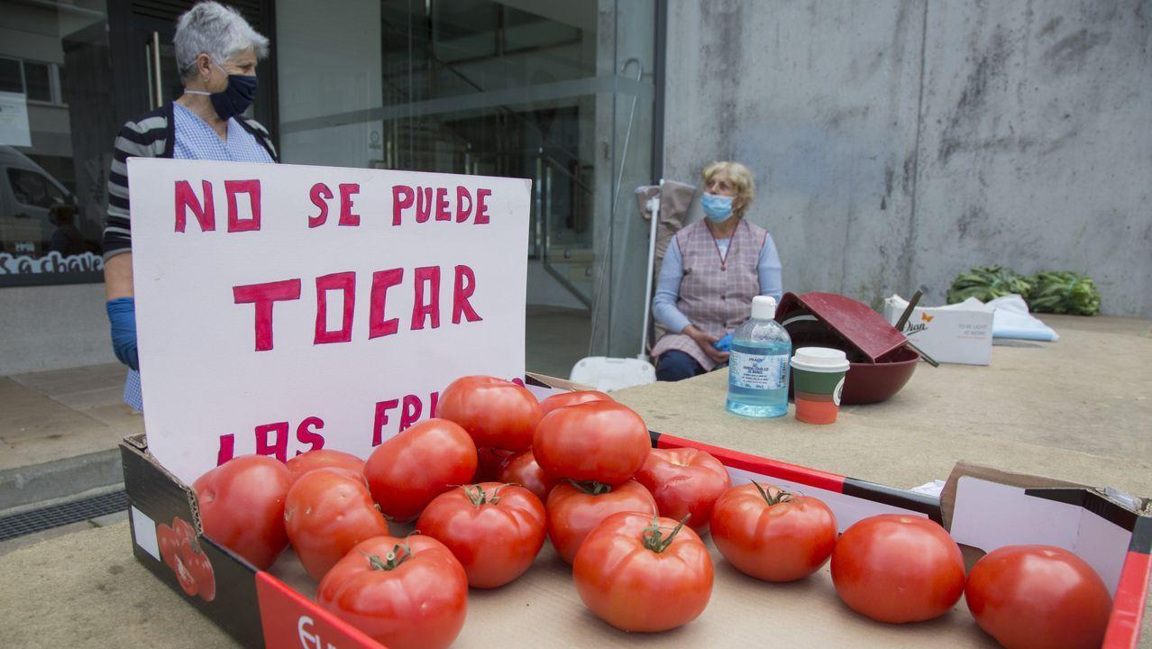 Playasen la provincia deA Coruña.Taberna 5 Mares, de Luis Veira e Iria Espinosa, en el monte de San Pedro, en A Coruña